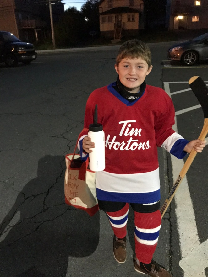 hockey-life-timbits-player